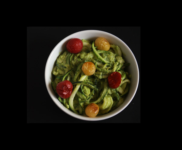 Zucchini Noodles with Avocado Sauce and Oven Roasted Tomatoes Recipe - Mince Republic