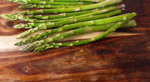 Prosciutto Wrapped Asparagus Recipe - Mince Republic
