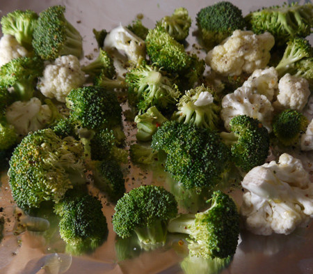Roasted Broccoli and Cauliflower Recipe - Mince Republic
