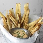 Yuca Fries with Sriracha Aioli recipe via Mince Republic | a fun take on traditional french fries!