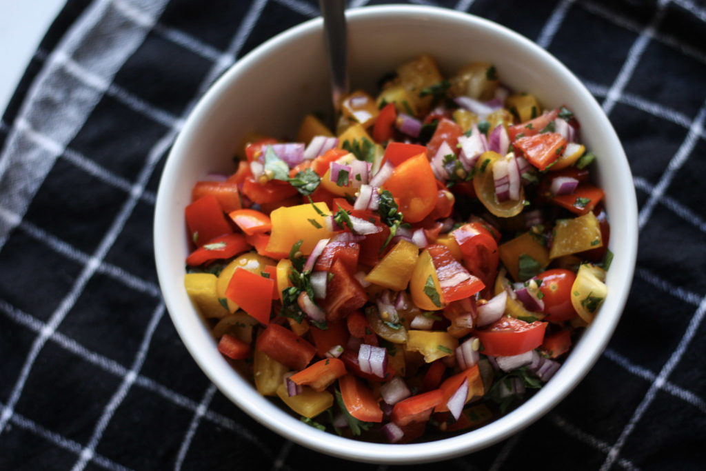 Bell Pepper Pico de Gallo recipe   Great with chips or on your favorite protein!   mincerepublic.com