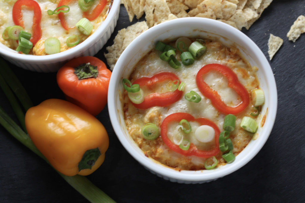 Buffalo Chicken Dip recipe | The BEST Buffalo Chicken Dip recipe, perfect game day recipe or snack for happy hour! Actually it's great all the time. | Keto friendly | mincerepublic.com