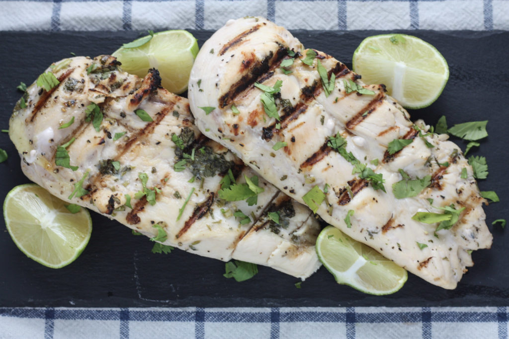 Grilled Cilantro Lime Chicken recipe | The perfect easy Summer weeknight recipe! | mincerepublic.com