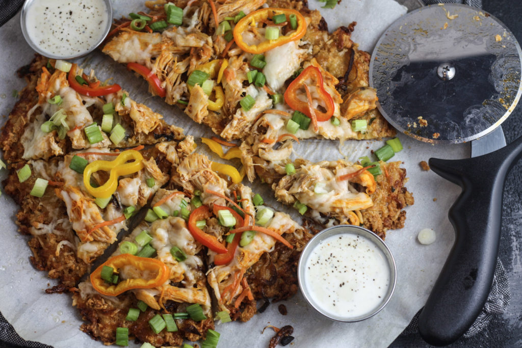 Buffalo Chicken Pizza on Pork Rind Crust | Delicious and flavorful low carb keto pizza recipe! Great for game day | #lowcarb #ketogenic | mincerepublic.com