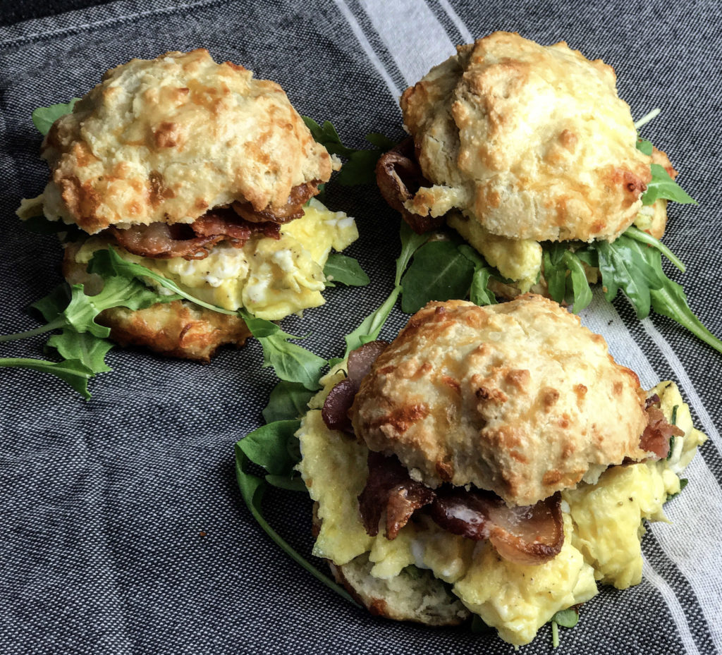 Keto Biscuit Breakfast Sandwiches recipe - perfect for a keto friendly brunch! | mincerepublic.com