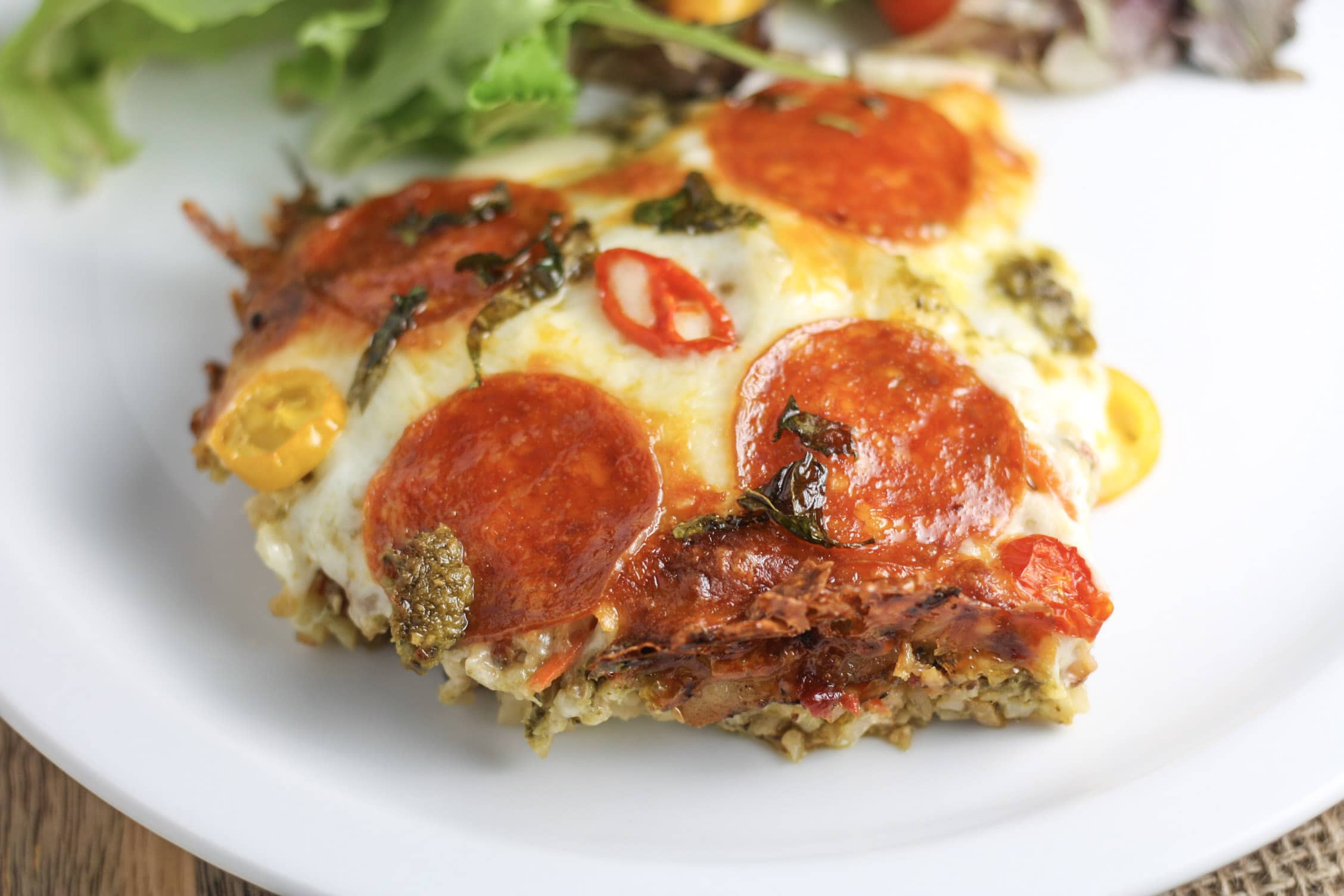 Pizza Casserole recipe | Your favorite pizza toppings in casserole form! | #keto #lowcarb | mincerepublic.com