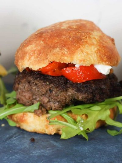 Keto Hamburger Buns | Low carb & keto friendly hamburger or sandwich buns | #lowcarb #keto | mincerepublic.com