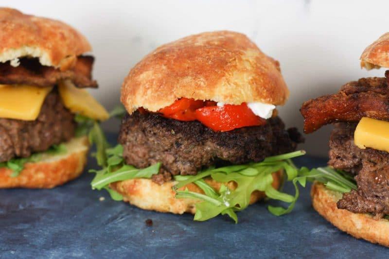 Keto Hamburger Buns | Low carb & keto friendly hamburger or sandwich buns | #lowcarb #keto | mincerepublic.com