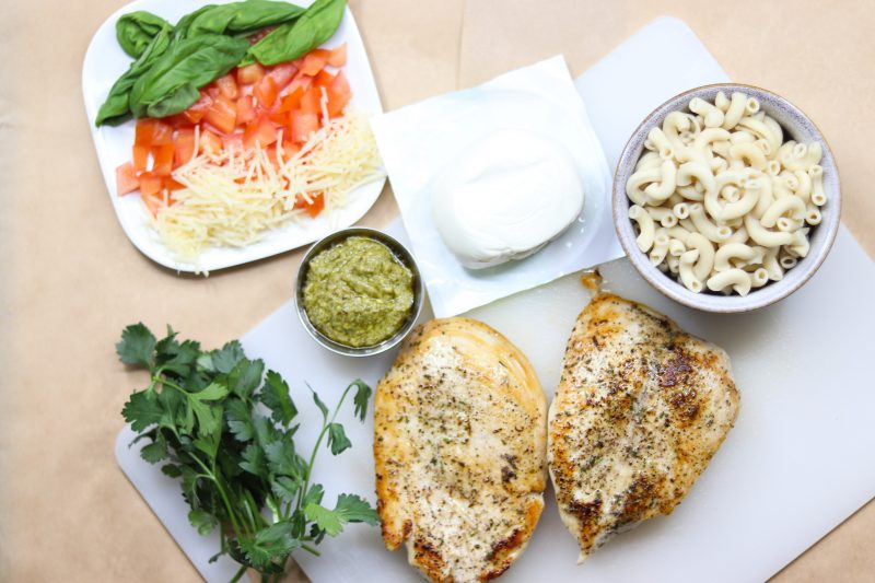 Caprese Mac N Cheese with Chicken Recipe