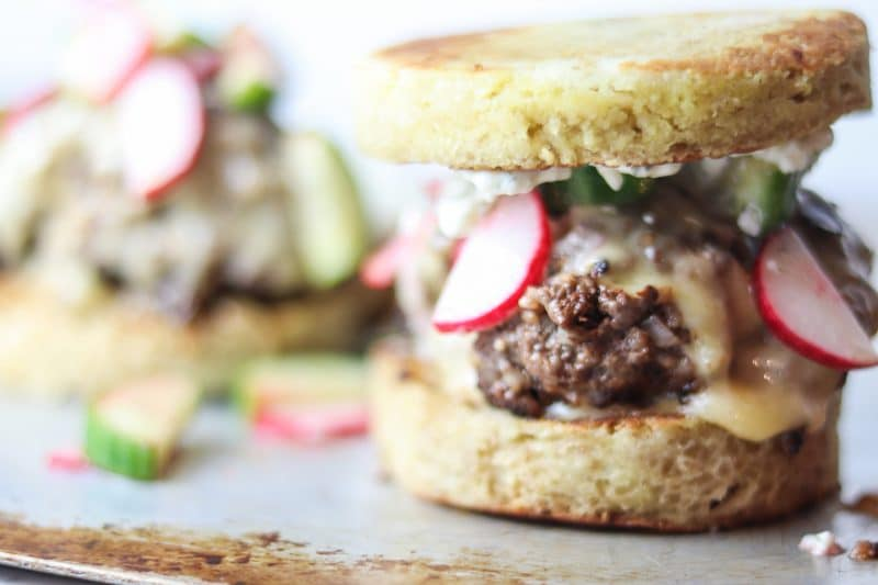 Keto Greek Burgers on 90 Second Bread Buns | #keto #lowcarb | mincerepublic.com