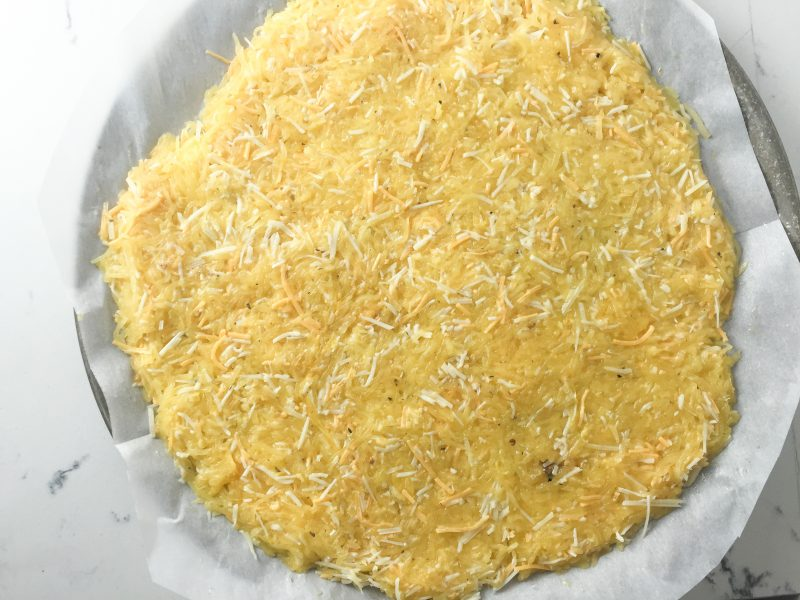 Spaghetti Squash Pizza Crust Recipe | A healthy alternative to traditional pizza crust | #keto #lowcarb #paleo | mincerepublic.com