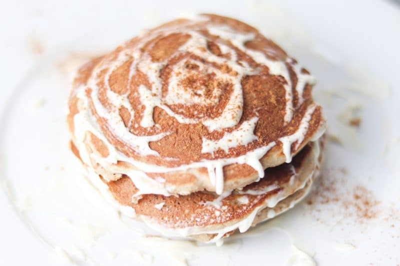 Keto Cinnamon Roll Pancakes Recipe | Easy #keto #lowcarb pancakes recipe perfect for #breakfast or #brunch | mincerepublic.com