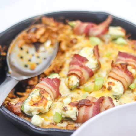 Bacon Wrapped Jalapeno Popper Mac and Cheese with Chorizo Recipe | #glutenfree #gameday | mincerepublic.com