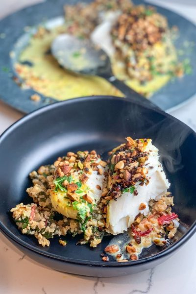 Creamy Lemon Ginger Tea Poached Halibut with Cauliflower and Chard | #keto #lowcarb | mincerepublic.com