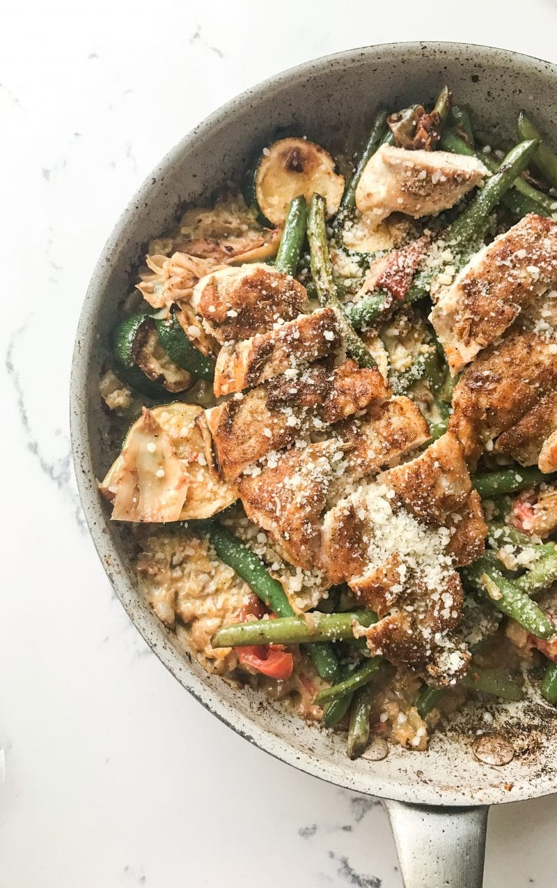 Tuscan Chicken over Cauliflower Risotto with Vegetables Recipe | #keto #lowcarb #comfortfood | mincerepublic.com