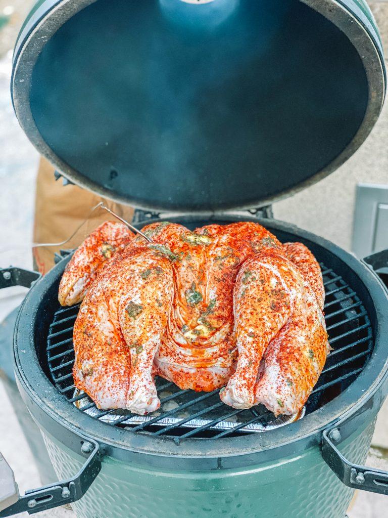 Spatchcock Turkey on Big Green Egg | mincerepublic.com