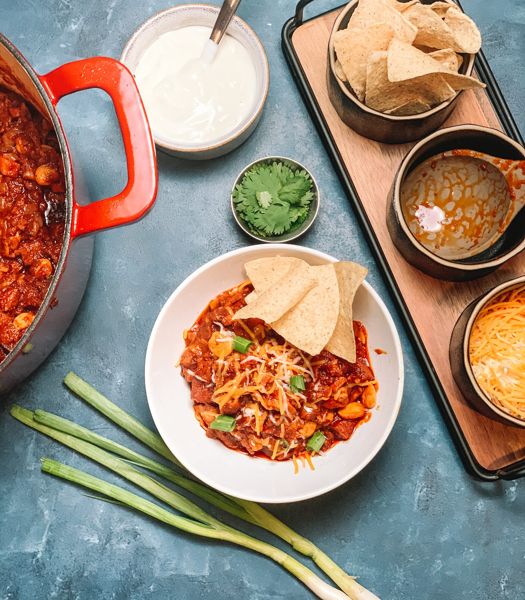 Ground Beef & Sausage Chili recipe | An easy and comforting bowl of chili, perfect for big groups, low carb, keto friendly and great for game day! | mincerepublic.com